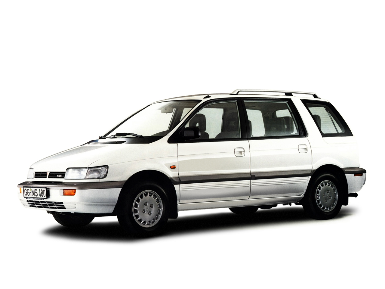 1991 Mitsubishi Space Wagon #5