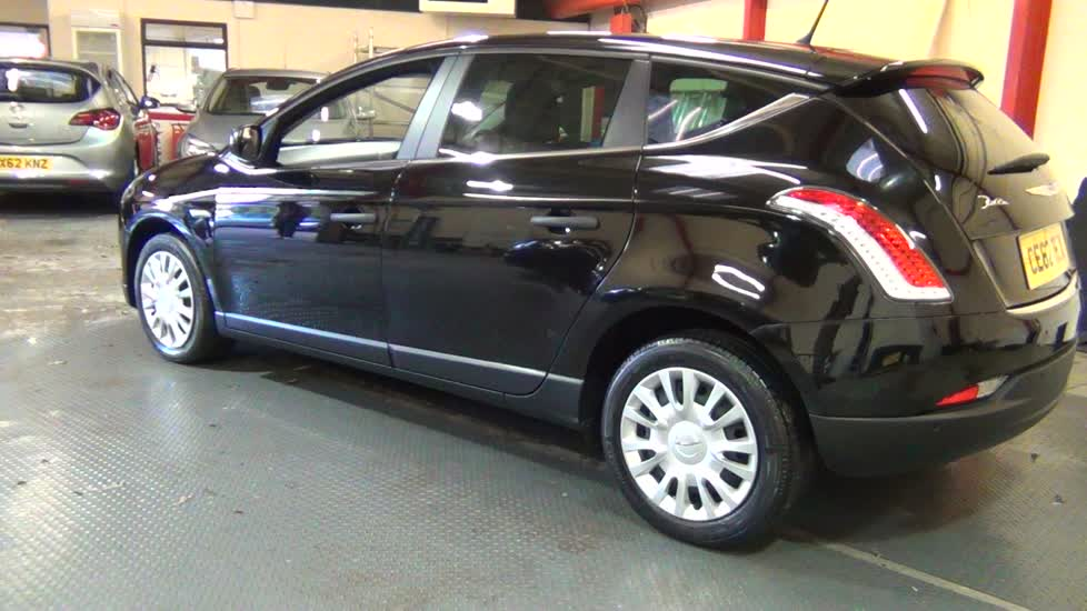 2012 Chrysler Delta #14