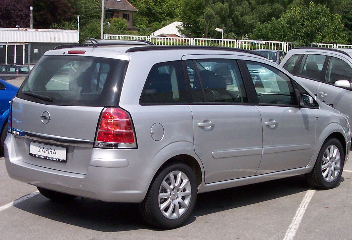 2005 opel zafira photos informations articles. Black Bedroom Furniture Sets. Home Design Ideas