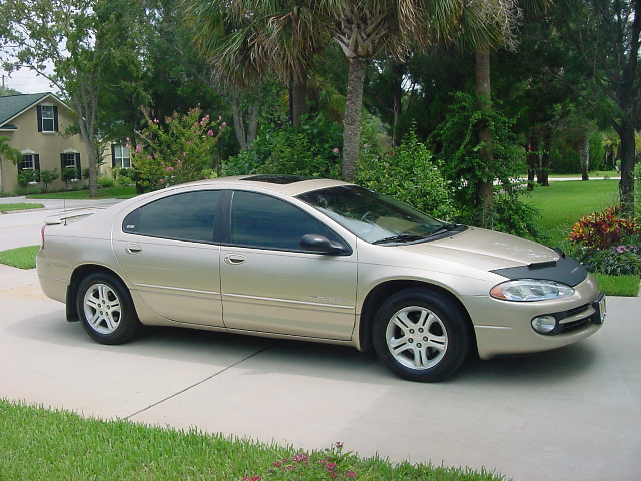 2000 Dodge Intrepid #3