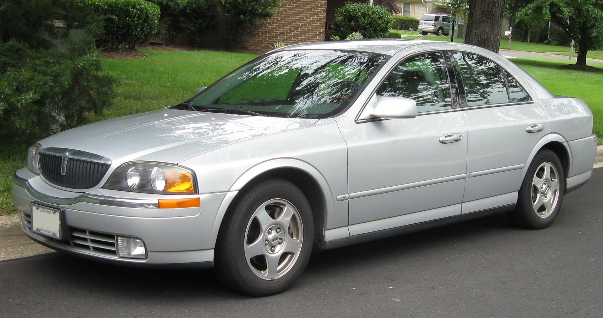 2001 Lincoln Ls #1