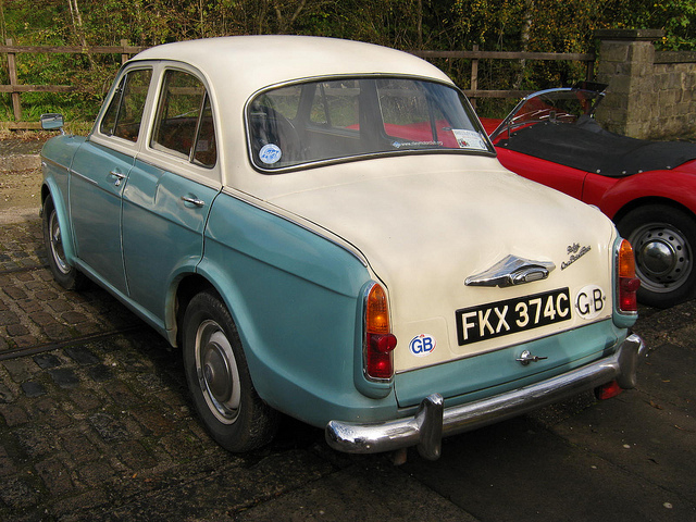 1965 Riley One-Point-Five #4