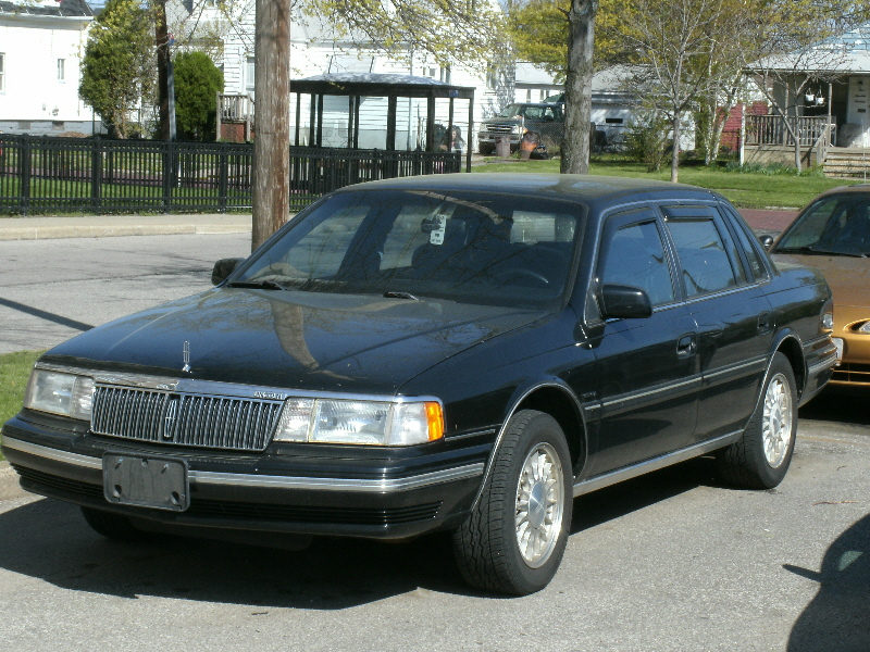 Lincoln Continental Exe