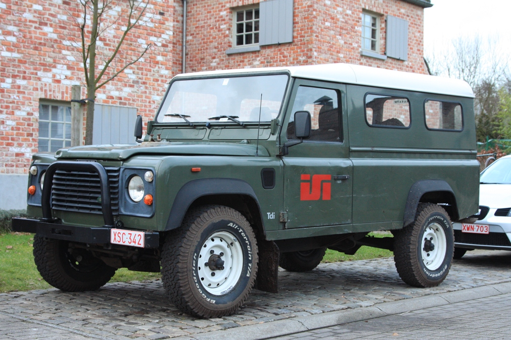 1993 Land Rover Defender #17