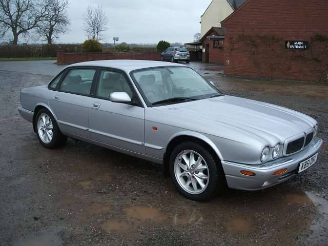 2000 Jaguar Xj-series #7
