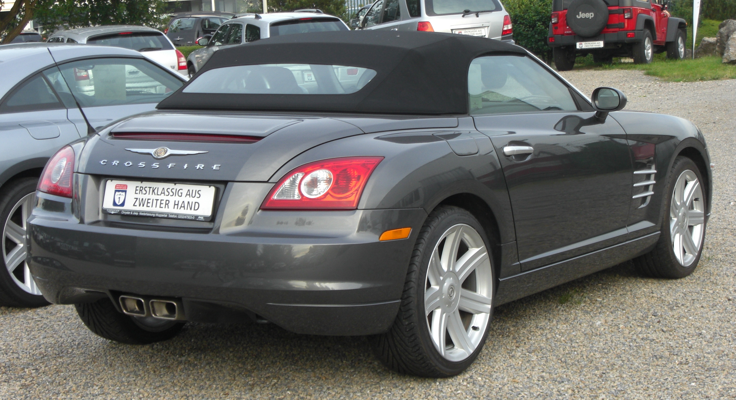 2008 Chrysler Crossfire #12
