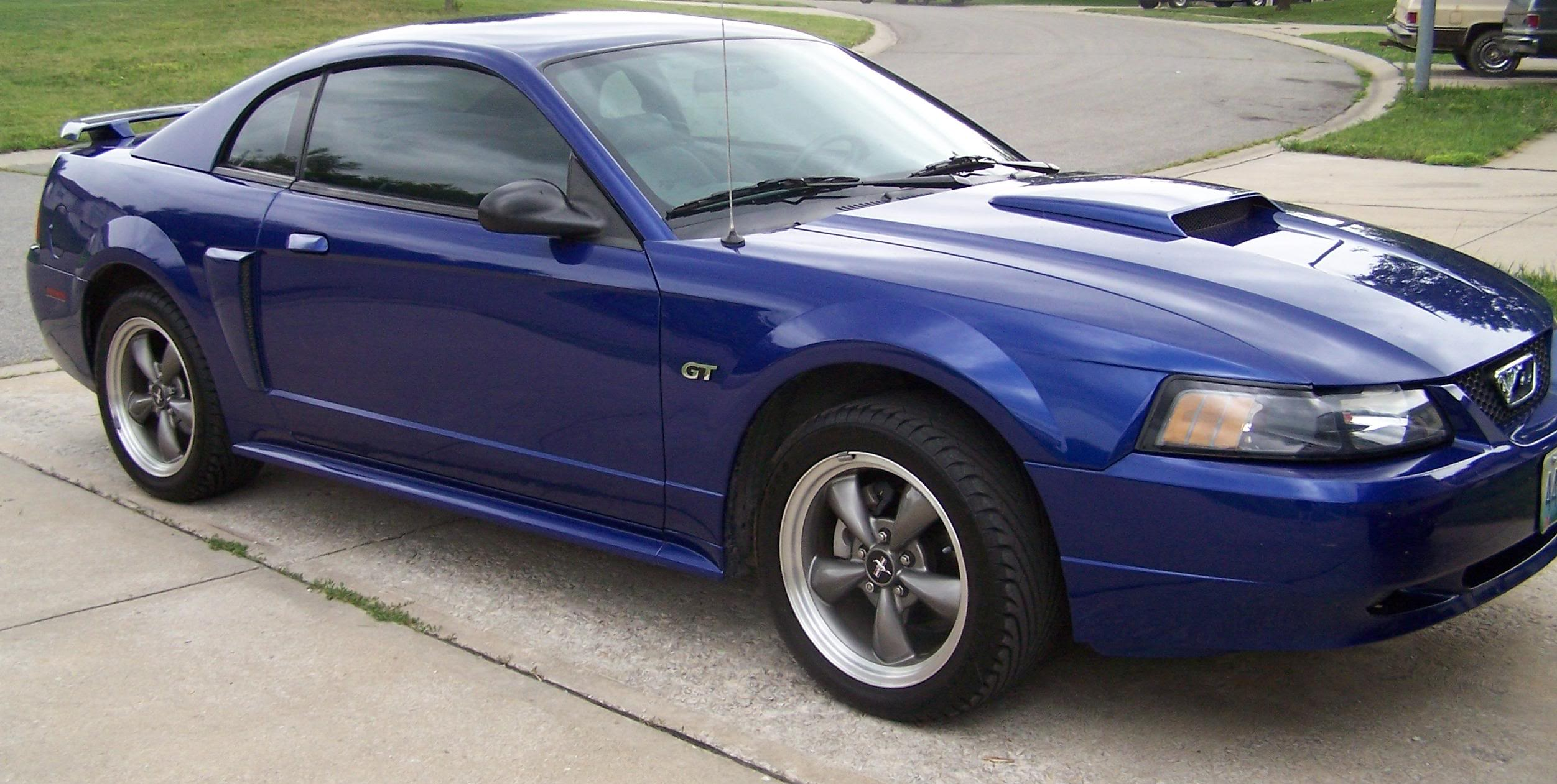 2003 Ford Mustang #2