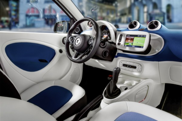 2015 Smart Fortwo #14
