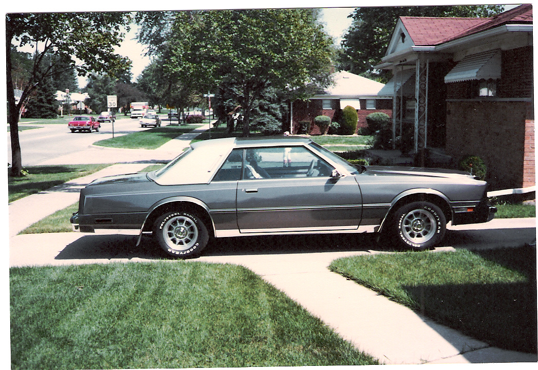 1982 Chrysler Cordoba #9