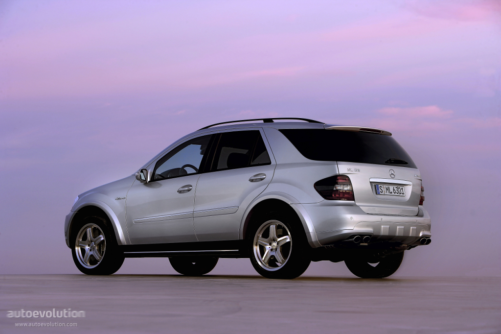 2005 Mercedes-Benz ML #11