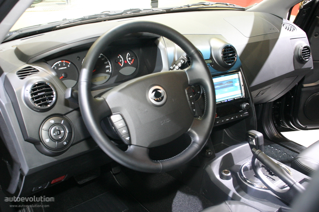 2006 Ssangyong Actyon #3