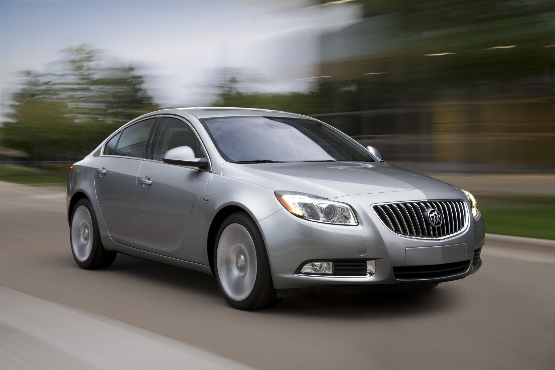 2011 Buick Regal #12