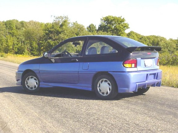 1996 Ford Aspire #2