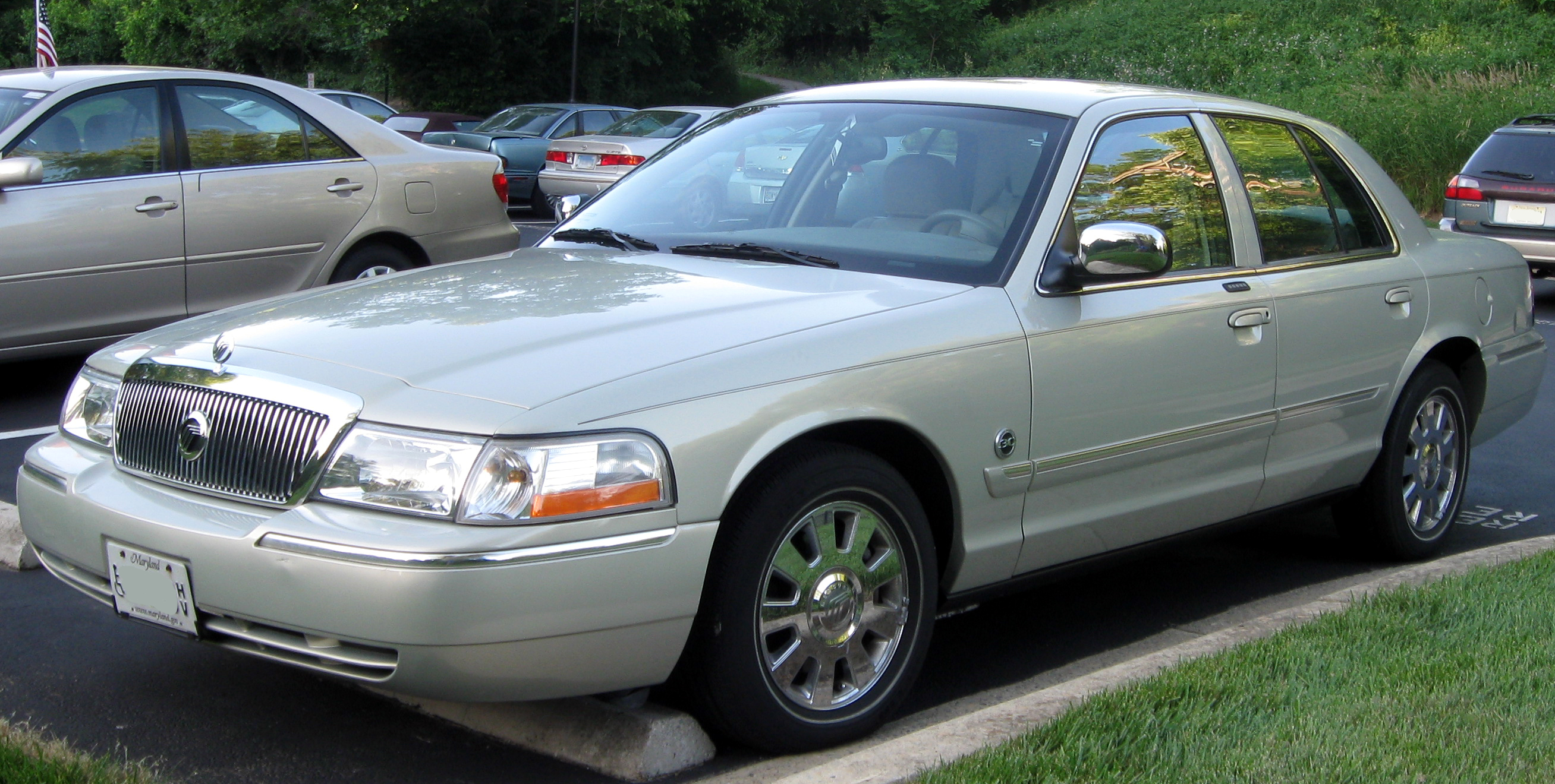 2005 Mercury Grand Marquis #1