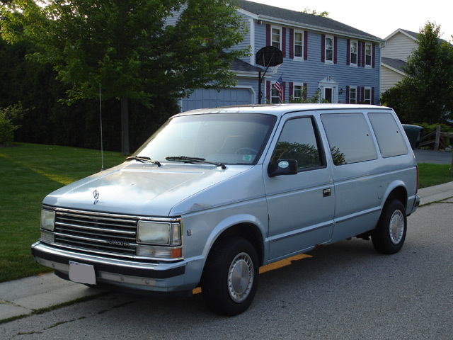 1990 Plymouth Voyager #13