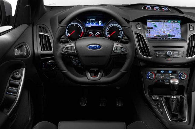 2015 Ford Focus St #7