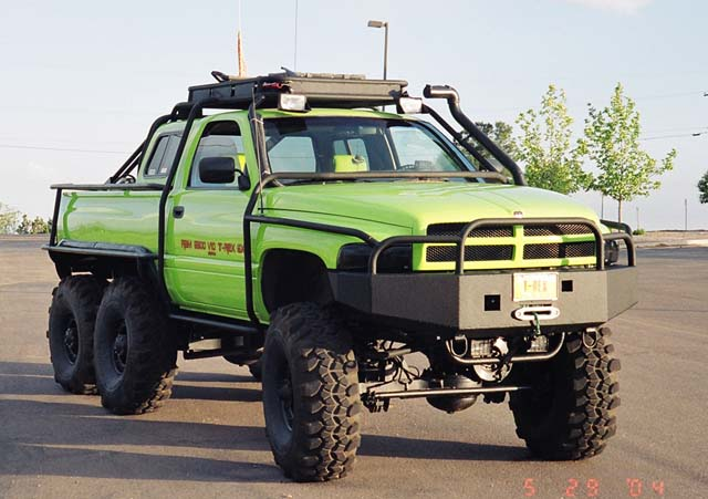 Dodge T-Rex 6x6 Photos, Informations, Articles ...