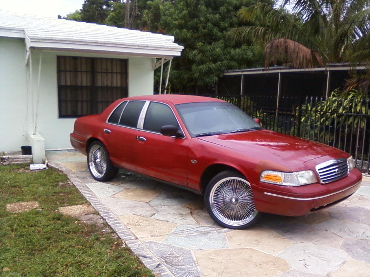 1998 Ford Crown Victoria #18