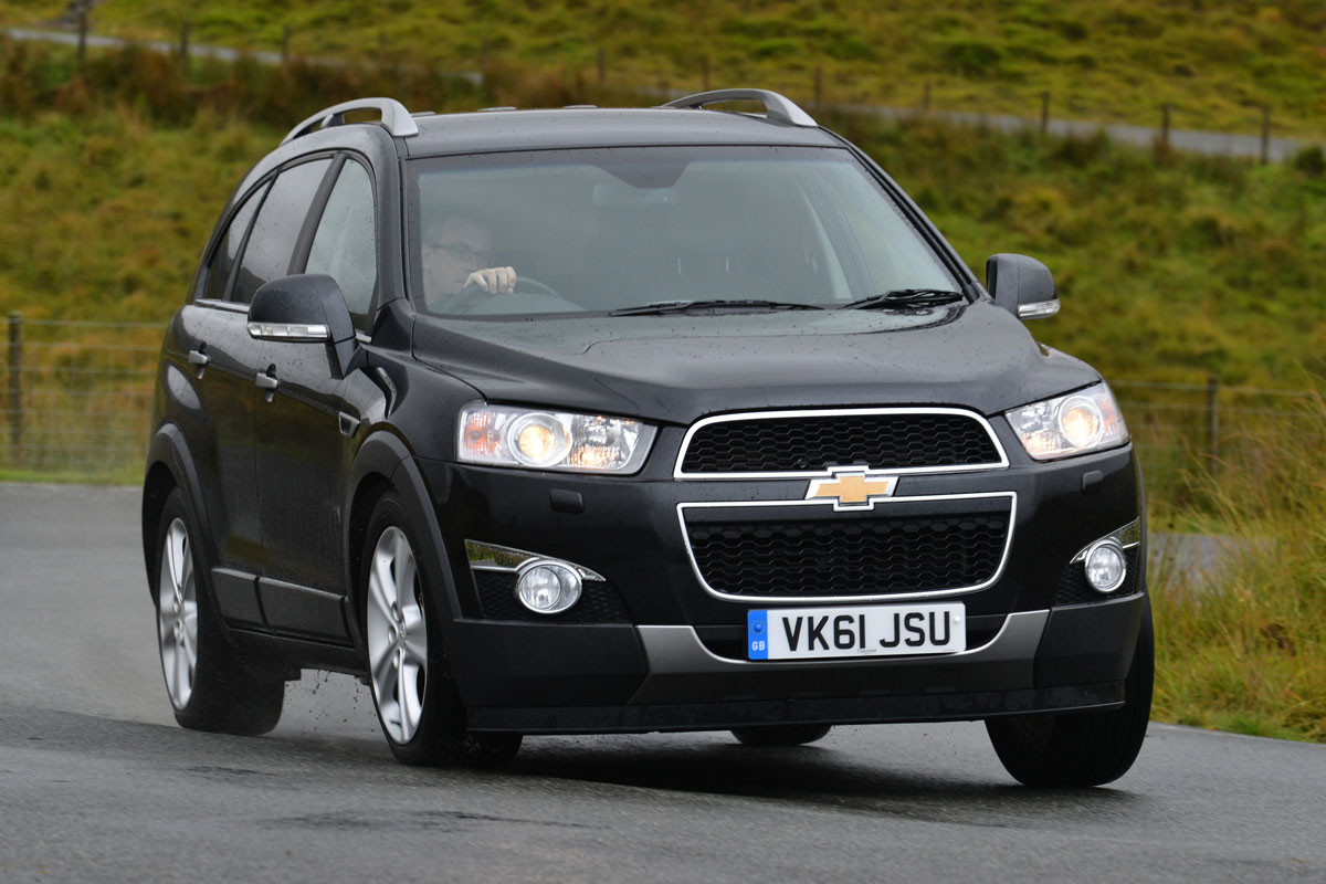 chevrolet captiva photos informations articles. Black Bedroom Furniture Sets. Home Design Ideas