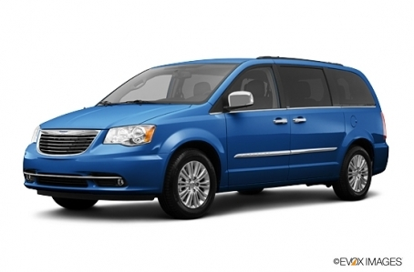 2013 Chrysler Town And Country #4