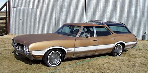 Oldsmobile Vista Cruiser #16