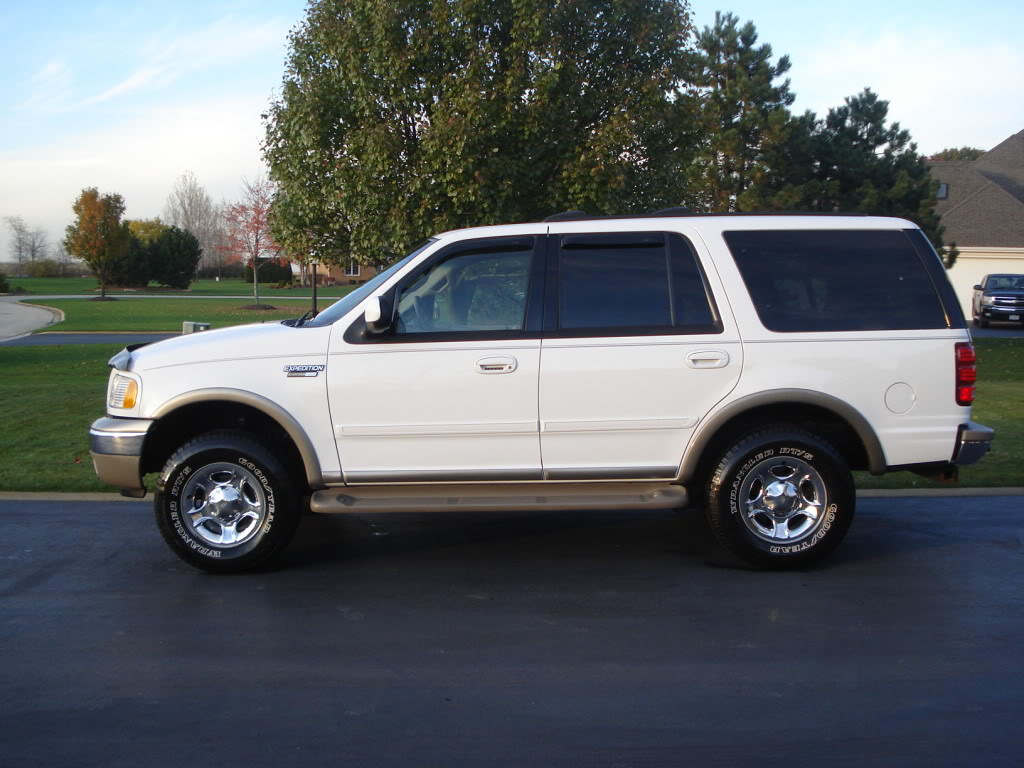 2002 Ford Expedition #9