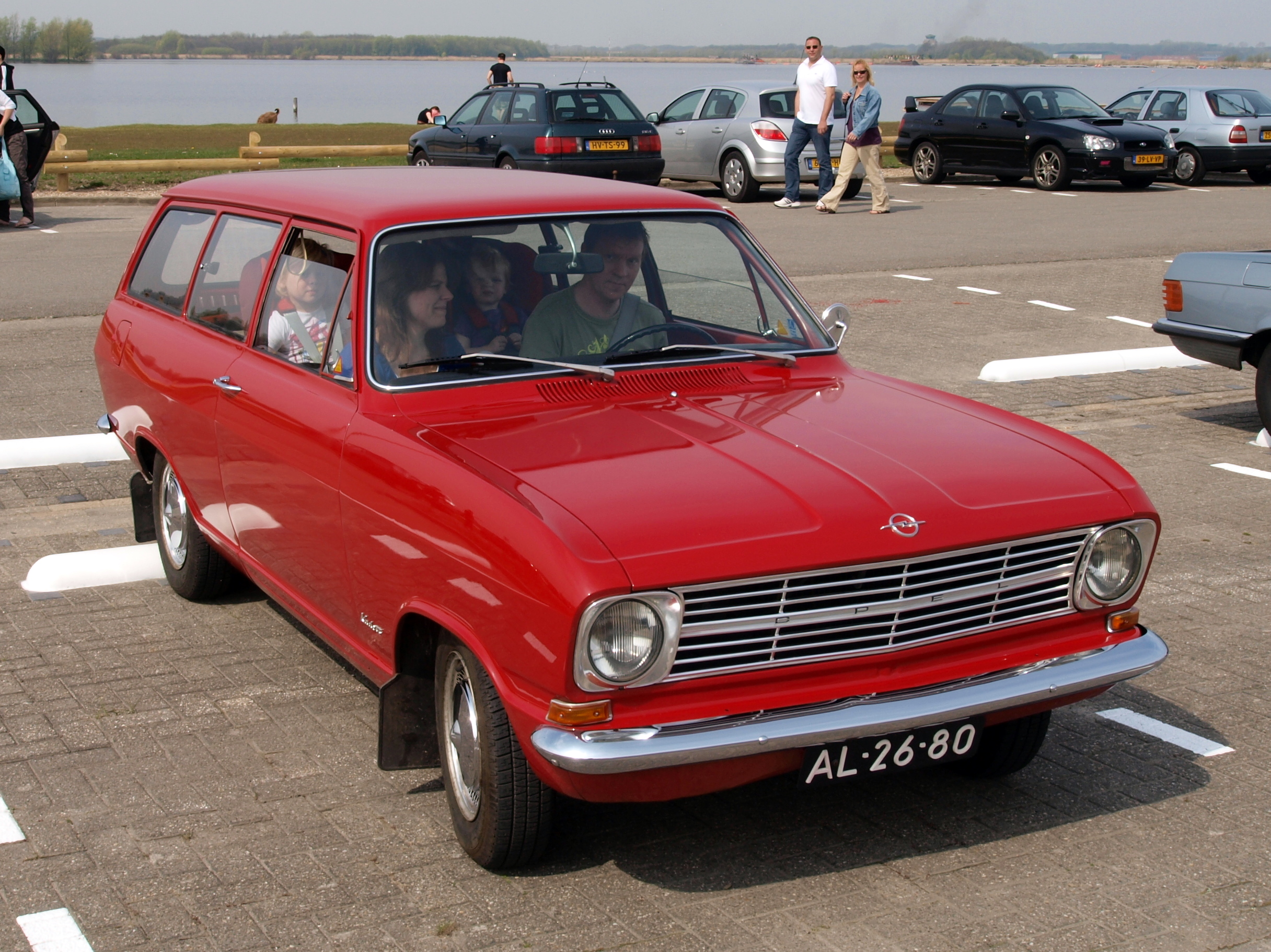 1967 opel kadett photos informations articles. Black Bedroom Furniture Sets. Home Design Ideas