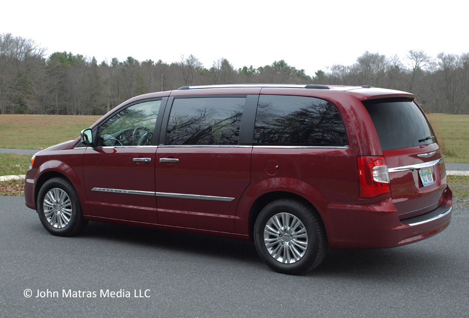 2014 Chrysler Town And Country #18