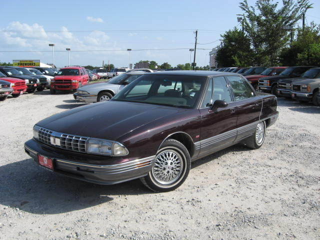 1993 Oldsmobile Ninety-eight #10