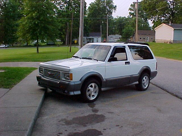 1992 GMC Typhoon #16