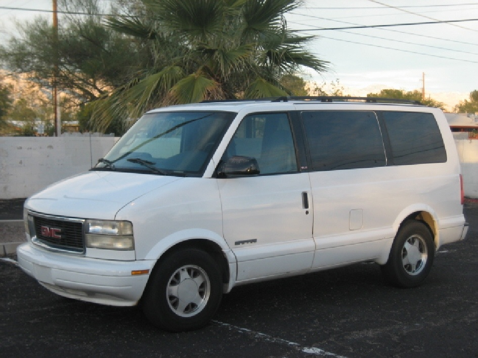 1999 Gmc Safari #2