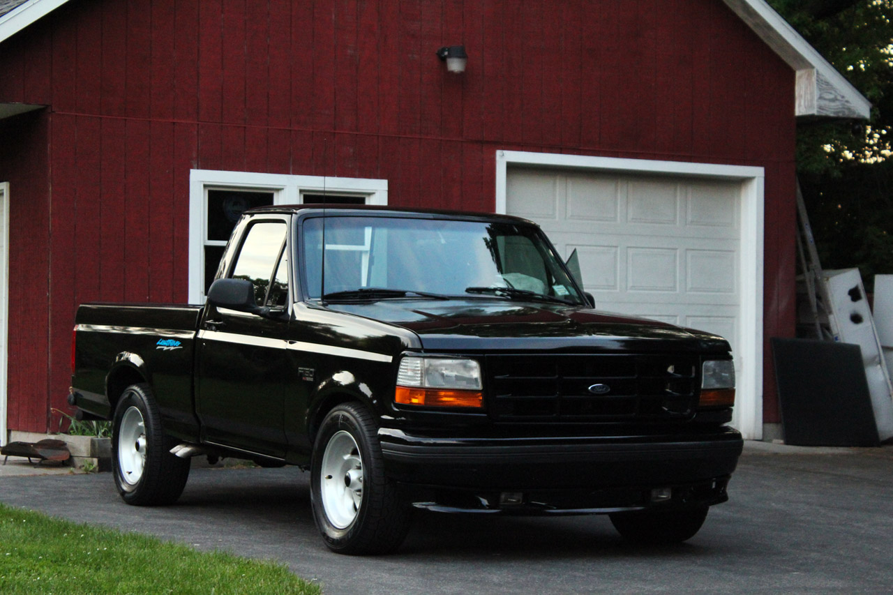 1995 Ford F-150 Svt Lightning #6