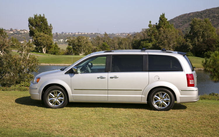 2009 Chrysler Town And Country #13