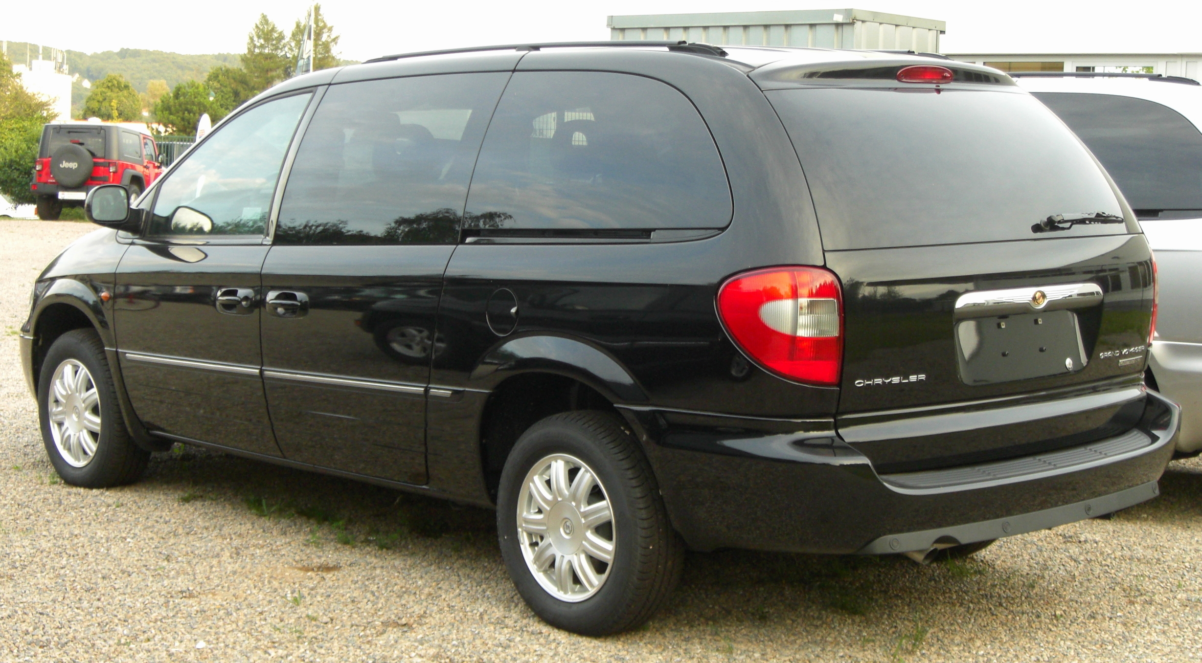 Chrysler Grand Voyager #17