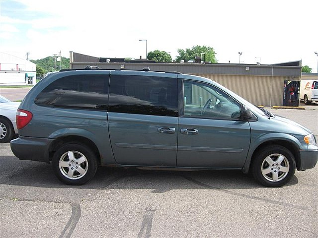 2005 dodge caravan photos informations articles. Black Bedroom Furniture Sets. Home Design Ideas