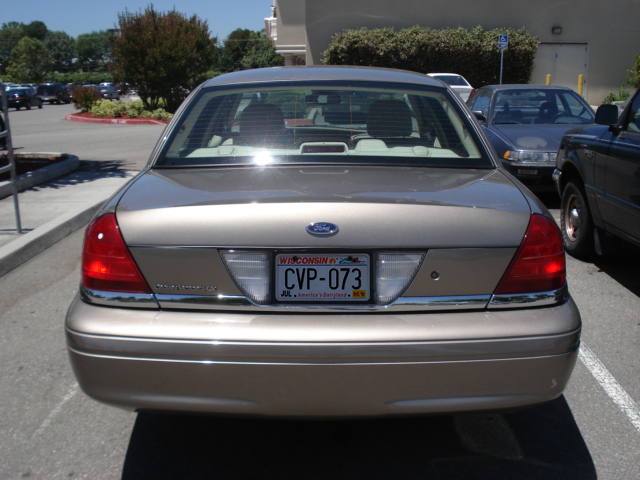2009 Ford Crown Victoria #4
