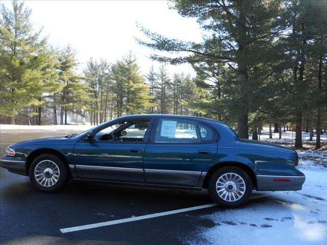 1995 Chrysler New Yorker #11
