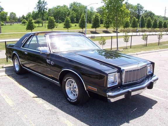 1982 Chrysler Cordoba #2