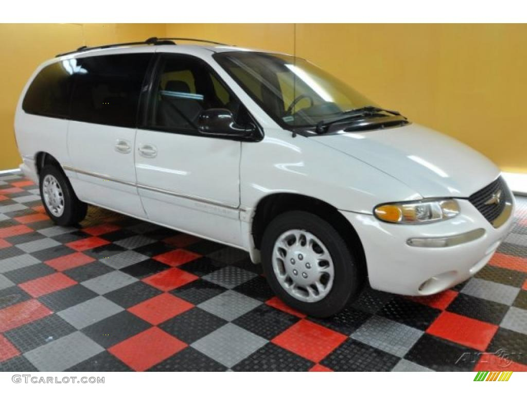 1998 Chrysler Town And Country #14