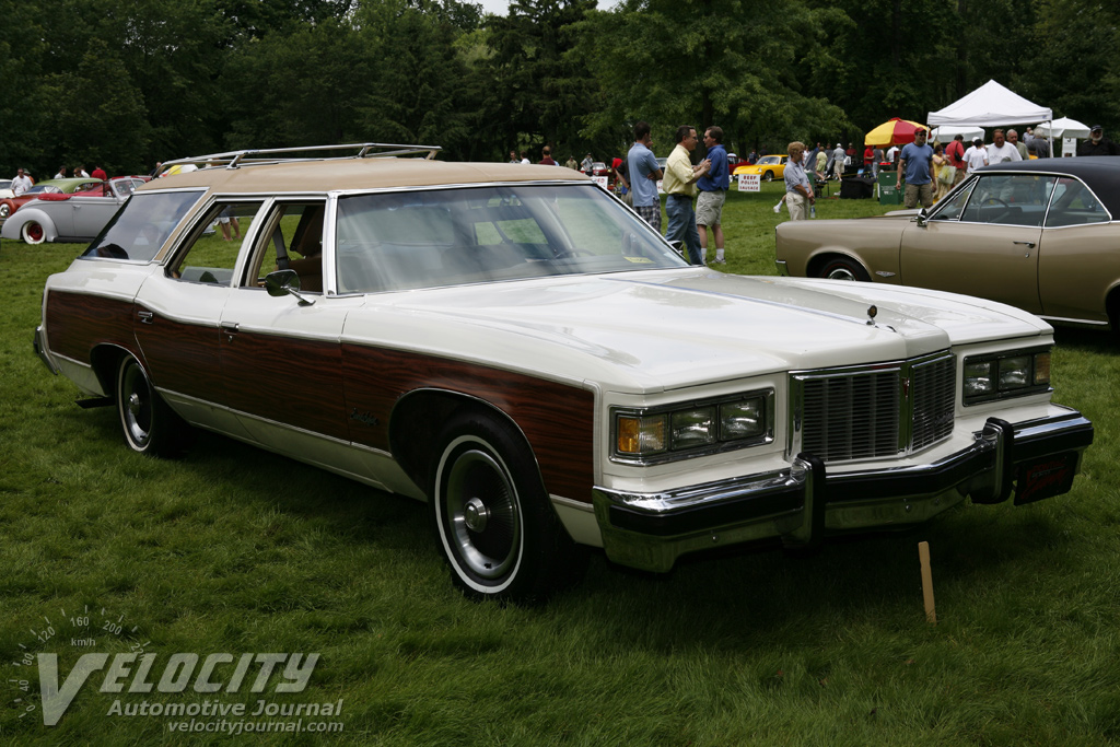 Pontiac Grand Safari #4