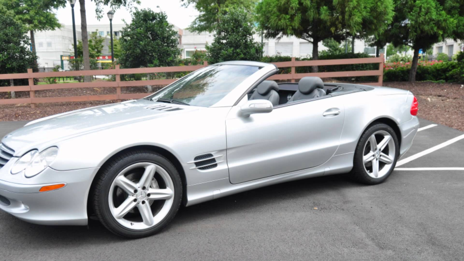 2004 Mercedes-Benz SL #13