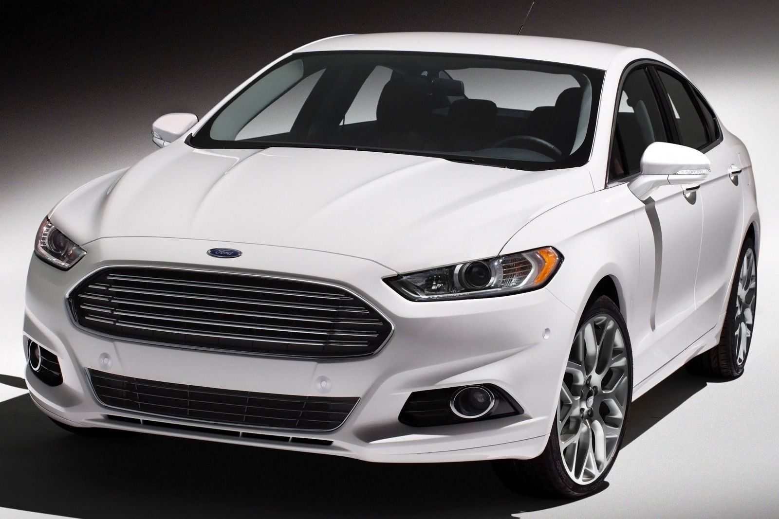 2015 Ford Fusion #13