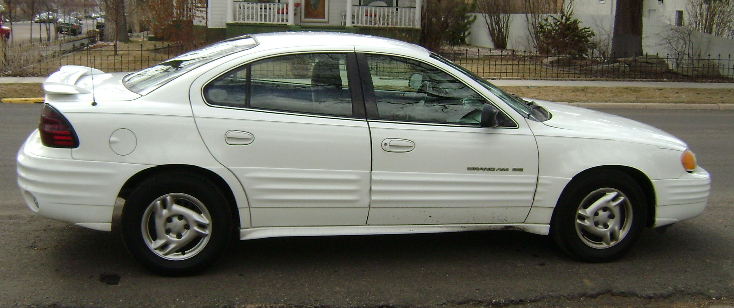 2001 Pontiac Grand Am #16