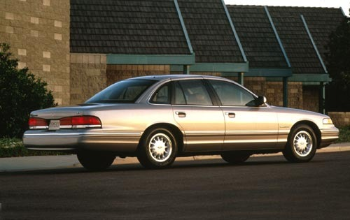 1995 Ford Crown Victoria #3