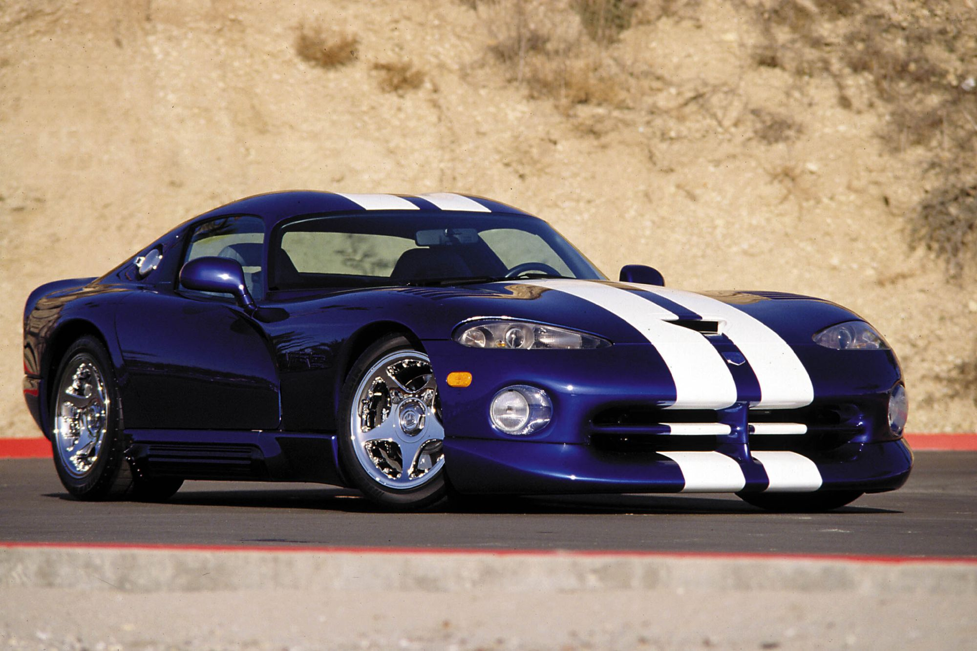 1994 Chrysler Viper #17
