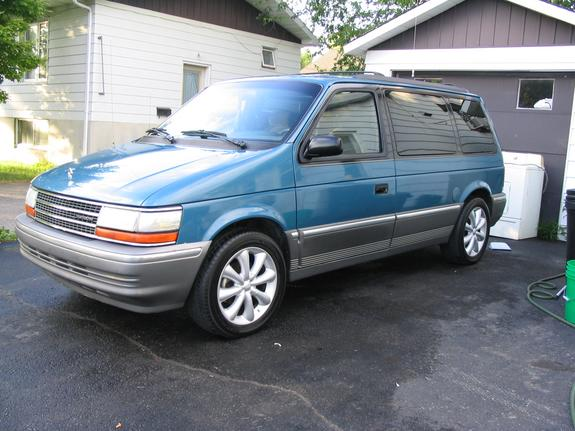 1992 Plymouth Voyager #7
