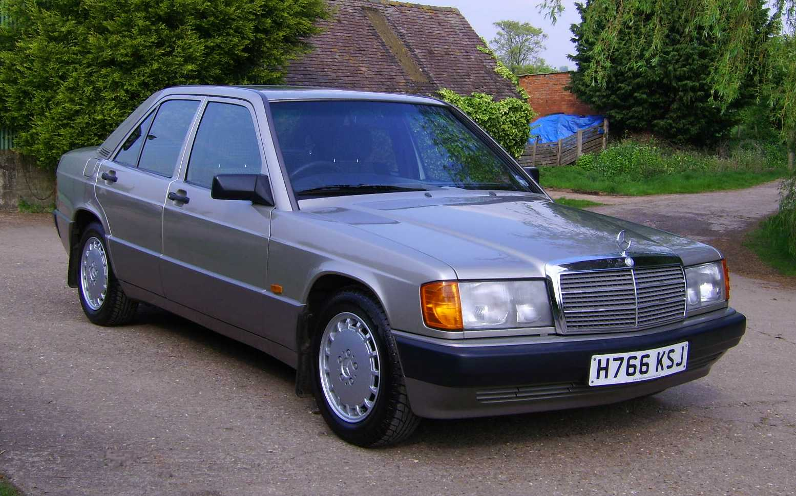1991 mercedes benz 190 photos informations articles for 1991 mercedes benz