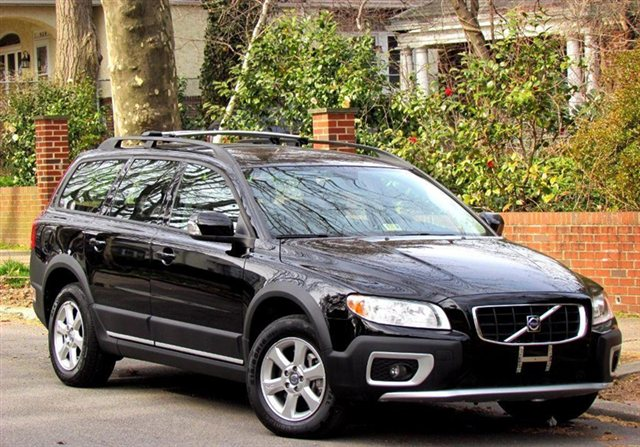2008 Volvo Xc70 Photos, Informations, Articles - BestCarMag.com