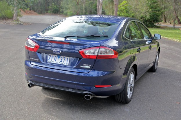 2012 Ford Mondeo #8