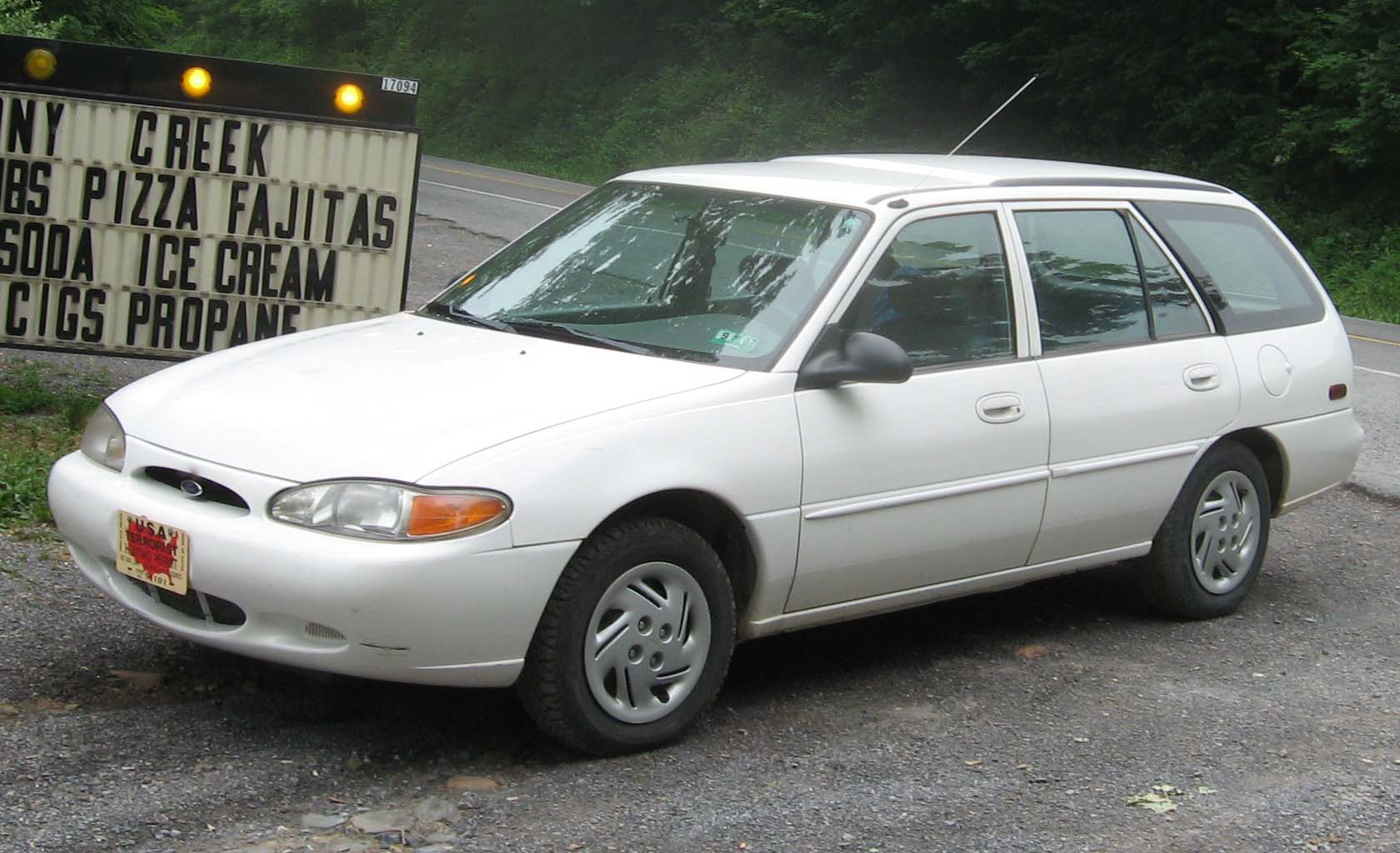 1999 Ford Tracer #9